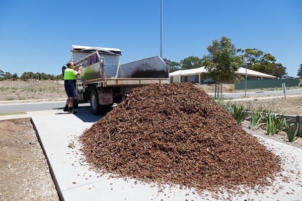 Yep, that's what 6 1/2 tonnes of bark mulch looks like.